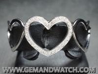 BG222กำไลข้อมือหัวใจประดับเพชร